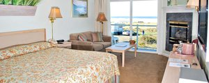 Ocean Front King Suite Photo 1